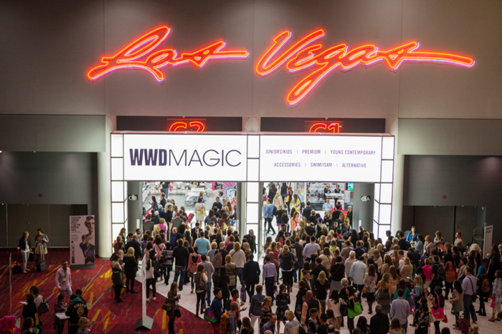 Magic trade show week in las vegas red carpet vip las vegas for Pool trade show vegas