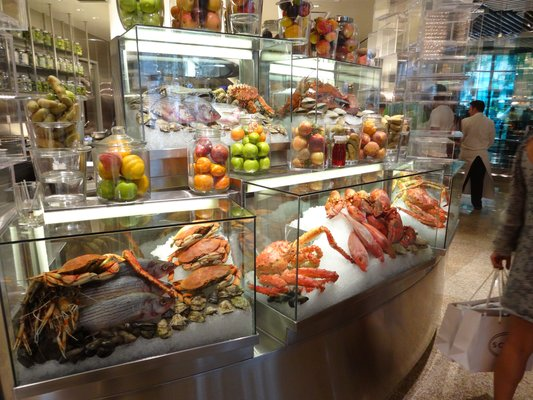 Eating Your Way Through A Vegas Buffet